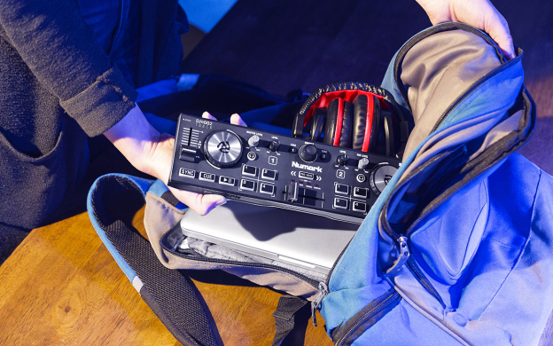 /images/sized/images/product_large/DJ2GO2Touch_Slider4_Backpack_web-624x390.jpg