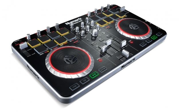 mixtrack pro ii 2 channel dj controller with audio i o. Black Bedroom Furniture Sets. Home Design Ideas